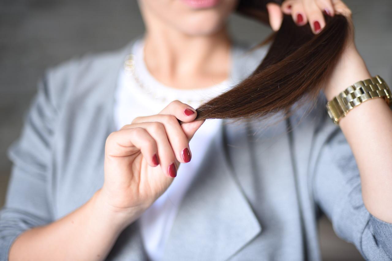 Cum să ai grijă de părul tău în intimitatea casei tale?