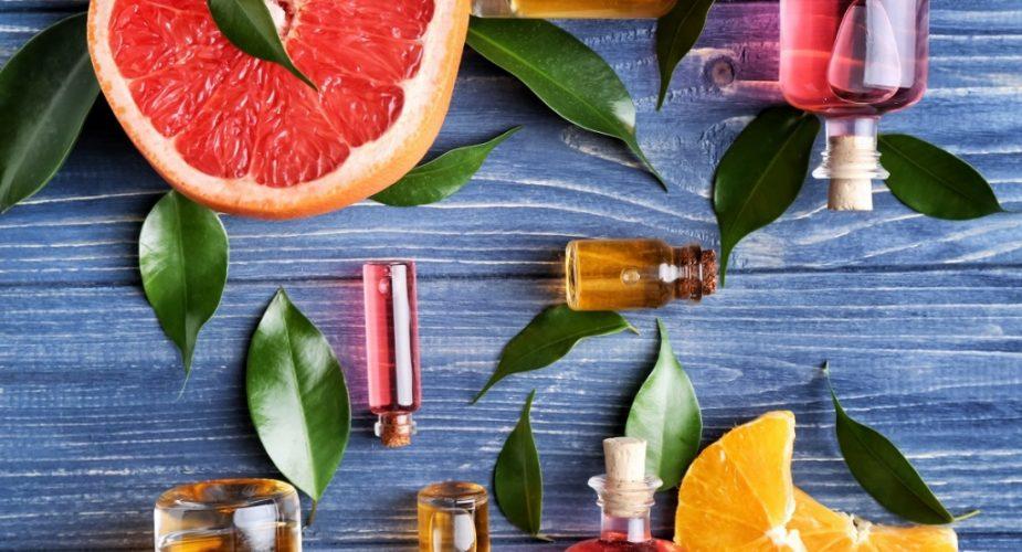 Cele mai bune uleiuri faciale. De ce suntem atât de dispuse să le folosim?